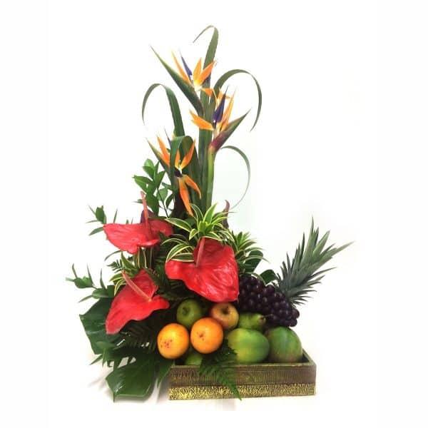 Frutero con flores